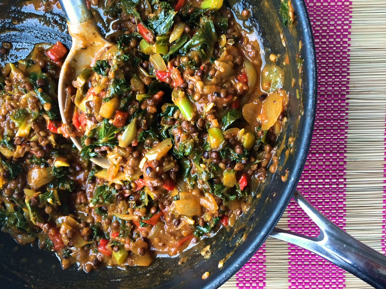 Greens & lentil coconut curry